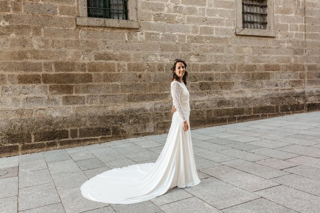 Novia posando en San Lorenzo de El Escorial.
